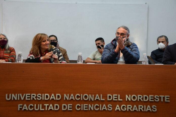 El ministro de Agricultura, Ganadería y Pesca de la Nación, Ing. Agr. Luis Basterra encabezó el acto de lanzamiento del proyecto de ley para el fomento de la agroecología.