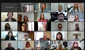 El primer encuentro virtual tuvo una valiosa participación de miembros de la comunidad de la UNNE, quienes celebraron el proceso de autoevaluación y destacaron la claridad en la socialización del informe.